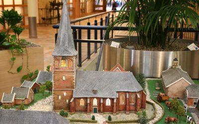 Foto's maquette Oude Kerk & paasviering Dijkhuis
